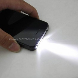 iPhone - електрошок с фенерче